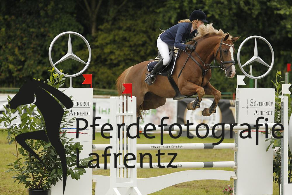 Iben, Josephine, Coriolanos<br /> Eutin - Dressur- und Springturnier<br /> © www.sportfotos-lafrentz.de/Stefan Lafrentz
