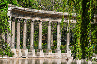 parc monceau columns in the city of Paris in france