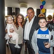 NLD/Hilversum/20160423 - Première Wonder School LIVE, Sieneke en dochter Rosalie, Django Wagner en zoon