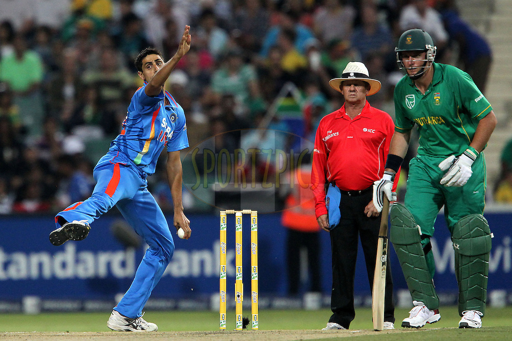 Munaf Patel of India during the 2nd ODI between South Africa and India held at Wanderers Stadium in Johannesburg, South Africa on the 15th January 2011..Photo by Ron Gaunt/BCCI/SPORTZPICS