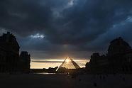 Louvre museum exteriors PR014A