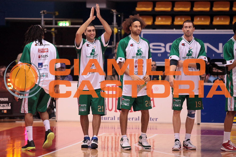 DESCRIZIONE : Biella Lega A 2010-11 Angelico Biella Montepaschi Siena<br /> GIOCATORE : <br /> SQUADRA : Angelico Biella<br /> EVENTO : Campionato Lega A 2010-2011<br /> GARA : Angelico Biella Montepaschi Siena<br /> DATA : 06/03/2011<br /> CATEGORIA : Esultanza<br /> SPORT : Pallacanestro<br /> AUTORE : Agenzia Ciamillo-Castoria/S.Ceretti<br /> Galleria : Lega Basket A 2010-2011<br /> Fotonotizia : Biella Lega A 2010-11 Angelico Biella Montepaschi Siena<br /> Predefinita :
