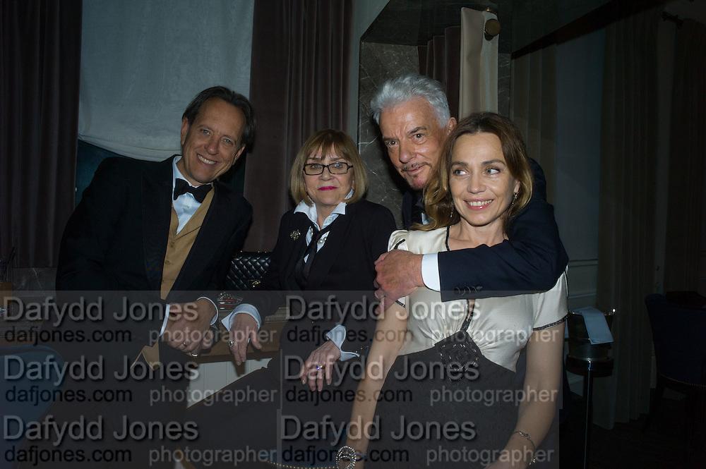 RICHARD E.GRANT; JOAN WASHINGTON; NICKY HASLAM, JEANNE MARINE, Nicky Haslam hosts dinner at  Gigi's for Leslie Caron. 22 Woodstock St. London. W1C 2AR. 25 March 2015
