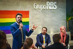 Na tarde desta segunda feira, o Grupo Pride, do Grupo RBS iniciou a semana do Orgulho LGBT+ discutindo diversidade e comunidade trans com a participação do psicólogo Jean Ícaro e da mulher trans Michelle Brea. FOTO: Jefferson Bernardes/ Agência Preview