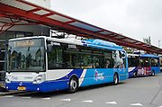 In Leeuwarden rijdt Arriva met speciale bussen die rijden op aardgas uit Friesland.<br /> <br /> In Leeuwarden Arriva rides with special buses that run on natural gas from Friesland.