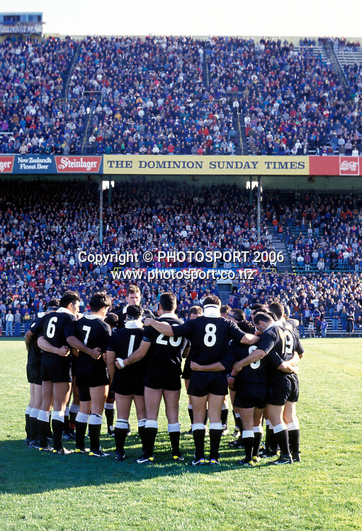 The New Zealand Maori in a team huddle during the 1993 British and Irish Lions tour to New Zealand. Photo: PHOTOSPORT<br /> New Zealand Maori v British &amp; Irish Lions at Wellington, 29 May 1993.