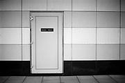 Escape door in case of emergency