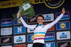 Lizzie Armitstead takes the lead in the UCI Women's WorldTour from her teammate, Chantal Blaak - Women's Ronde van Vlaanderen 2016. A 141km road race starting and finishing in Oudenaarde, Belgium on April 3rd 2016.