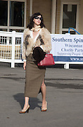 GRACE DE ALVARO, Side-Saddle Dash, Southern Spinal Injuries Trust charity Day. Wincanotn. 25 October 2015.