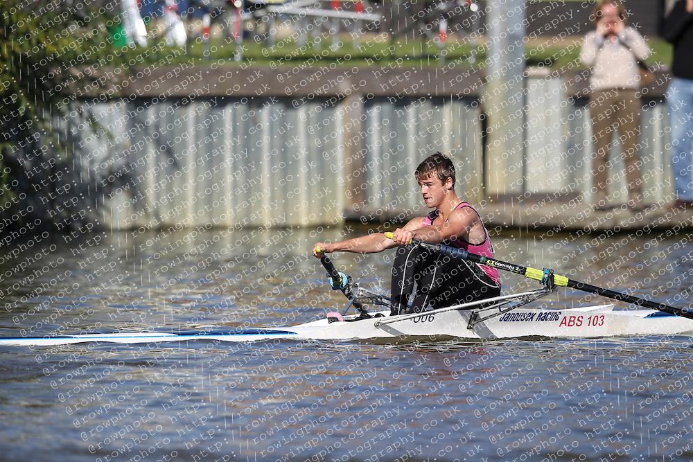 29.09.2012. Wallingford Long Distance Sculls 2012, The River Thames. Division 1. J17A 1x. Abingdon School.