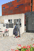 Memorial for the killed shipyard workers during the Solidarity uprising, Gdansk, Poland