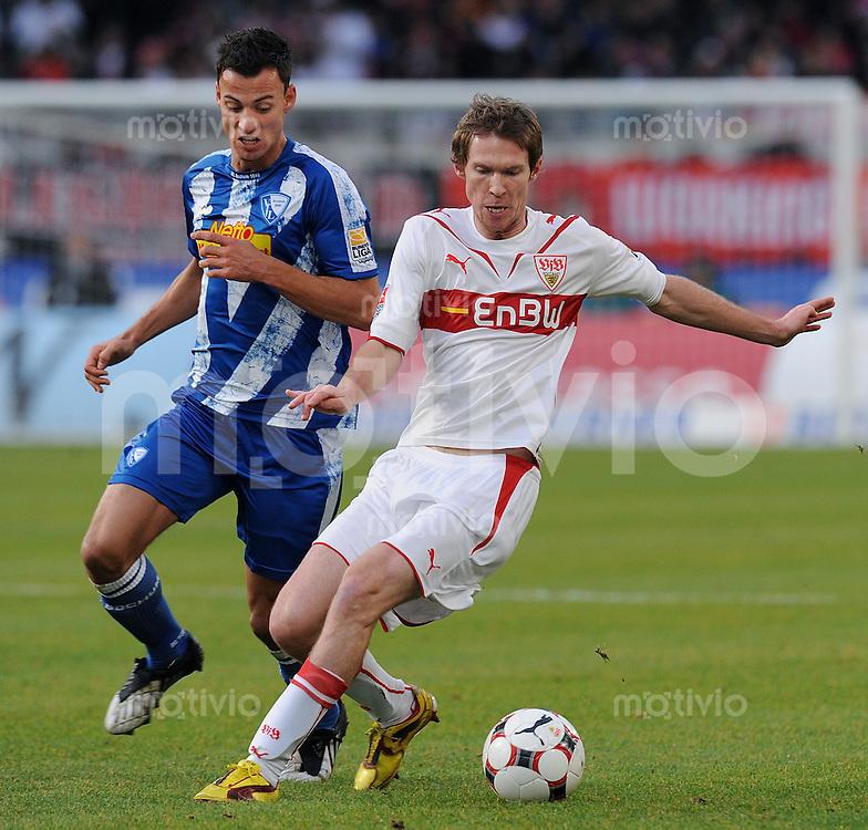Fussball 1. Bundesliga :  Saison   2009/2010   15. Spieltag   05.12.2009 VfB Stuttgart - VfL Bochum  Alexander Hleb (re, VfB) gegen Roman Prokoph (Bochum)
