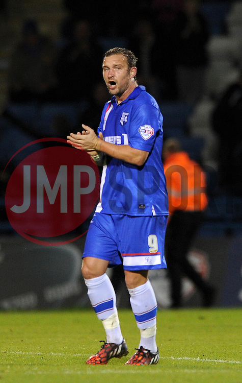 Gillingham's Danny Kedwell celebrates his goal. - Photo mandatory by-line: Dougie Allward/JMP - Mobile: 07966 386802 - 08/11/2014 - SPORT - Football - Gillingham - Priestfield Stadium - Gillingham v Bristol City - FA Cup - Round One