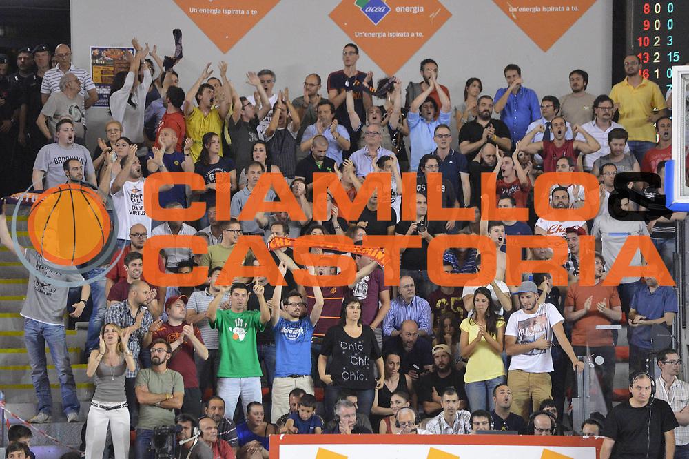 DESCRIZIONE : Roma Lega A 2012-2013 Acea Roma Montepaschi Siena  playoff finale gara 2<br /> GIOCATORE : Pubblico<br /> CATEGORIA : Pubblico<br /> SQUADRA : Acea Roma<br /> EVENTO : Campionato Lega A 2012-2013 playoff finale gara 2<br /> GARA : Acea Roma Montepaschi Siena <br /> DATA : 13/06/2013<br /> SPORT : Pallacanestro <br /> AUTORE : Agenzia Ciamillo-Castoria/GiulioCiamillo<br /> Galleria : Lega Basket A 2012-2013  <br /> Fotonotizia : Roma Lega A 2012-2013 Acea Roma Montepaschi Siena  playoff finale gara 2