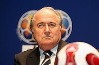 Fussball International PK zur Beendigung der Kontinentalrotation der Fussball Weltmeisterschaft FIFA Praesident Joseph S. Blatter