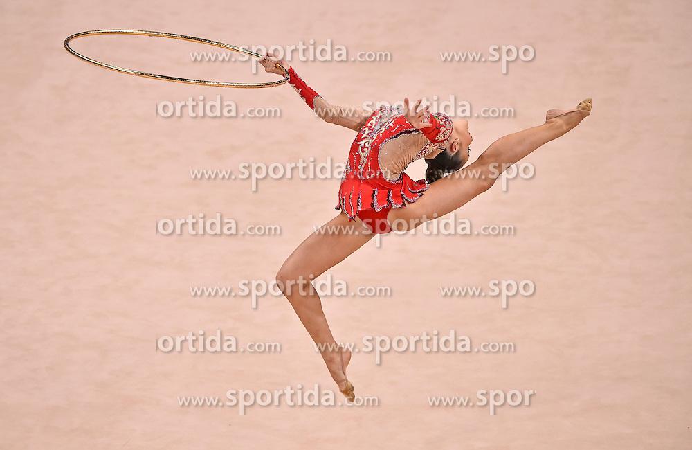 08.09.2015, Porsche Arena, Stuttgart, GER, Gymnastik WM, Gruppe D, im Bild Rafaela Coimbra Valente (POR) Reifen // during the World Rhythmic Gymnastics Championships at the Porsche Arena in Stuttgart, Germany on 2015/09/08. EXPA Pictures &copy; 2015, PhotoCredit: EXPA/ Eibner-Pressefoto/ Weber<br /> <br /> *****ATTENTION - OUT of GER*****