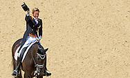 LONDEN - Adelinde Cornelissen tijdens haar proef bij de Grand Prix dressuur op de Olympische Spelen in Londen. De amazone won de zilveren medaille.