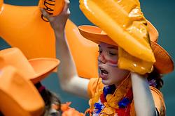 01-04-2017 NED:  CEV U18 Europees Kampioenschap vrouwen dag 1, Arnhem<br /> Nederland - Bulgarije verliest met 1-3 / Jong support jeugd oranje publiek
