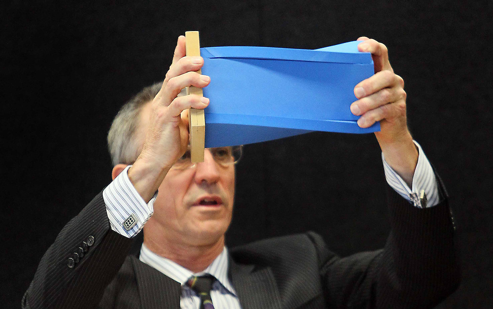 """John Henry using models in his evidence at the Royal Earthquake Commission inquiry into the collapse of the CTV building, Christchurch, New Zealand, Thursday, August 02, 2012. Credit:SNPA / The Press, Kirk Hargreaves  """"POOL"""""""""""