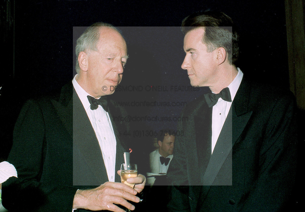 Left to right, LORD ROTHSCHILD and MR PETER MANDELSON MP adviser to the Prime Minister, at a dinner in London on 22nd May 1997.LYP 34<br /> <br /> NON EXCLUSIVE - WORLD RIGHTS