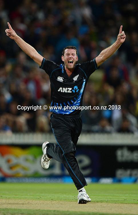 Ian Butler. ANZ T20 Series. 2nd Twenty20 Cricket International. New Zealand Black Caps versus England at Seddon Park, Hamilton, New Zealand. Tuesday 12 February 2013. Photo: Andrew Cornaga/Photosport.co.nz