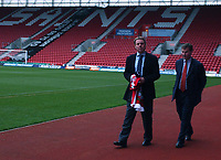 New Southampton Manager Harry Redknapp at the St Mary's Stadium with chairman Rupert Lowe, 8/12/2004. Credit Back Page Images / Matthew Impey