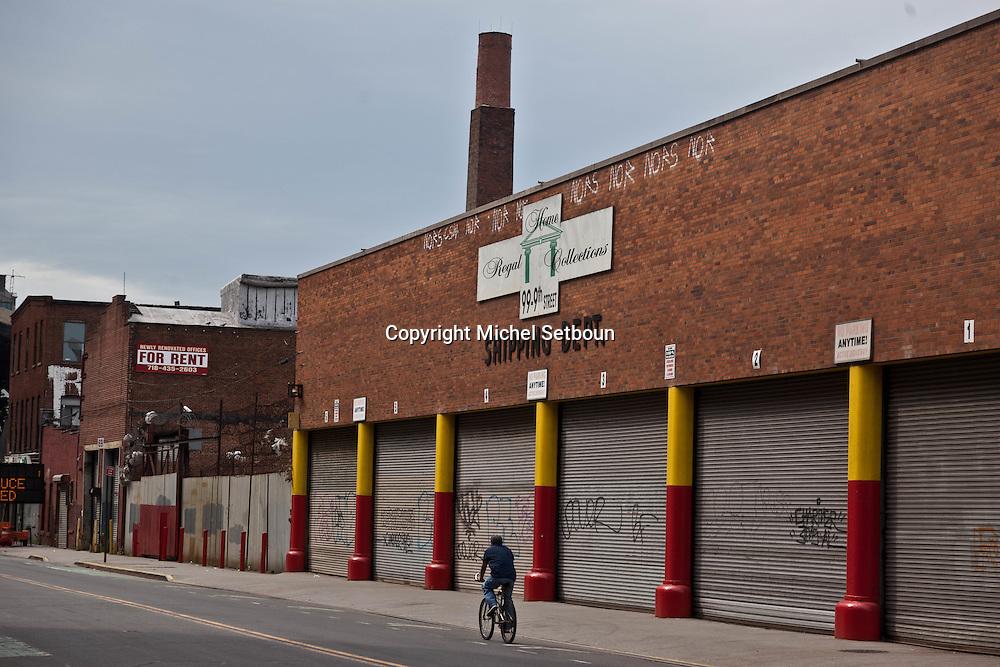 New York Brookyn , Gowanus area smith street bridge area under the elvated subway . Red hook