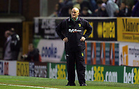 Photo: Paul Thomas.<br /> Burnley v Norwich City. Coca Cola Championship. 23/10/2007.<br /> <br /> Dejected stand in manager Jim Duffy of Norwich after the game.