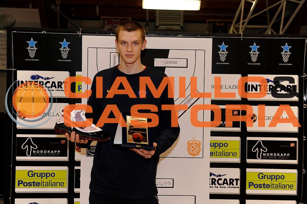 DESCRIZIONE : Roma Junior Tournament Eurolega 2009-10 Finale Final Zalgiris Kaunas Benetton Treviso<br /> GIOCATORE : Andrey Loginov<br /> SQUADRA : CSKA Mosca Moscow<br /> EVENTO : Eurolega 2009-2010 Junior Tournament<br /> GARA : Zalgiris Kaunas Benetton Treviso<br /> DATA : 29/12/2009<br /> CATEGORIA : premiazione award Best 5<br /> SPORT : Pallacanestro<br /> AUTORE : Agenzia Ciamillo-Castoria/M.Rosi<br /> Galleria : Eurolega 2009-2010<br /> Fotonotizia : Roma Junior Toutnament Eurolega 2009-10 Fianle Final Zalgiris Kaunas Benetton Treviso<br /> Predefinita :
