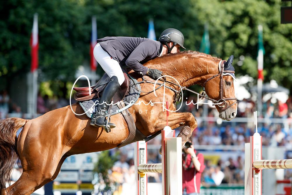Hassmann Felix, GER, Horse Gym's Balzaci<br /> Internationales Wiesbadener PfingstTurnier 2017<br /> © Hippo Foto - Stefan Lafrentz
