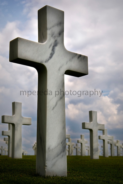 MANILA (Philippines). 2009. American Memorial Cemetery in Manila. With a total of 17,206 graves, it is the largest cemetery in the Pacific for U.S. personnel killed during World War II, and also holds war dead from the Philippines and other allied nations.