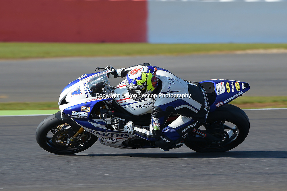 #7 Jake Dixon Smiths Racing Triumph Feridax Motorpoint British Supersport