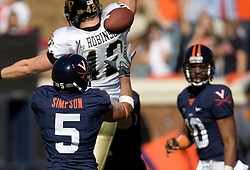 Virginia tight end Mikell Simpson (5) brings in a pass from quarterback Jameel Sewell (10).  The #23 Virginia Cavaliers defeated the #24 Wake Forest Demon Deacons 17-16 at Scott Stadium in Charlottesville, VA on November 3, 2007.