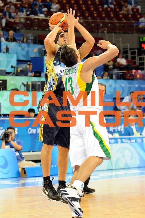 DESCRIZIONE : Beijing Pechino Olympic Games Olimpiadi 2008 Lithuania Argentina<br />GIOCATORE : Carlos Delfino<br />SQUADRA : Argentina<br />EVENTO : Olympic Games Olimpiadi 2008<br />GARA : Lituania Argentina<br />DATA : 10/08/2008 <br />CATEGORIA : Tiro<br />SPORT : Pallacanestro <br />AUTORE : Agenzia Ciamillo-Castoria/M.Ciamillo<br />Galleria : Beijing Pechino Olympic Games Olimpiadi 2008 <br />Fotonotizia : Beijing Pechino Olympic Games Olimpiadi 2008 Lithuania Argentina<br />Predefinita :