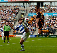 Fotball<br /> Foto: SBI/Digitalsport<br /> NORWAY ONLY<br /> <br /> Hull City v Queens Park Rangers<br /> Coca Cola Championship.<br /> 06/08/2005.<br /> <br /> Hull's Nicky Barmby (R) challenges acrobatically with QPR's Tommy Doherty