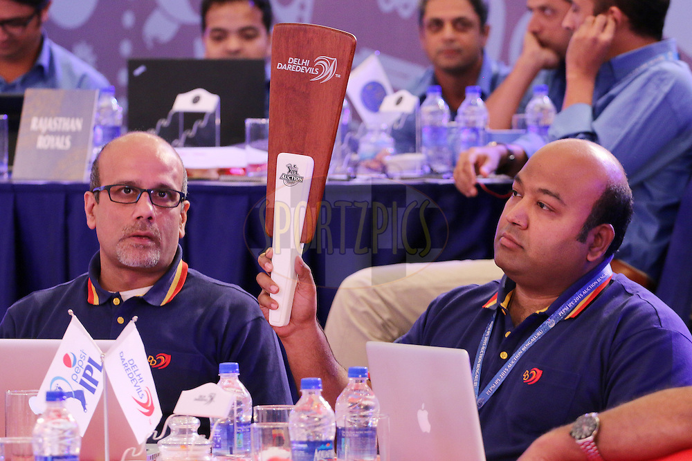 Hemant Dua,  Kiran and TA Sekar during the IPL Auction prior to season 8 of the Indian Premier League held at the ITC Gardenia Hotel in Bengaluru, Karnataka, India on the 16th February 2015<br /> <br /> Photo by Ron Gaunt / SPORTZPICS / IPL