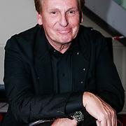 NLD/Amsterdam/20130411 - Presentatie biografie Barry Stevens, Henny Huisman