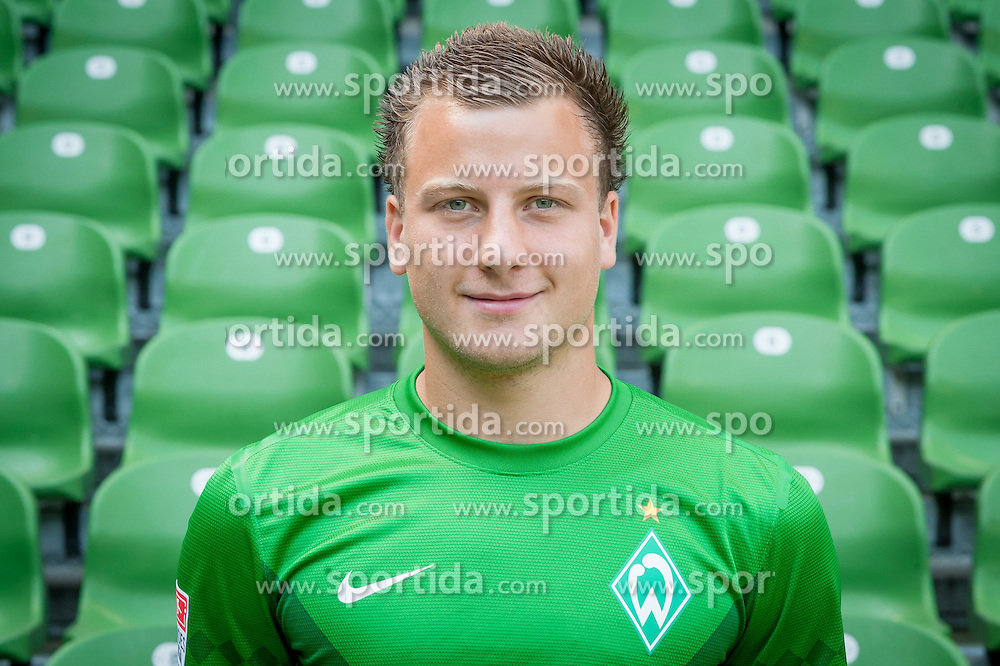 27.07.2012, Weserstadion, Bremen, GER, 1. FBL, SV Werder Bremen, Fototermin, im Bild Philipp Bargfrede (SV Werder Bremen #44) // during the official Team Photo Call of the German Bundesliga Club SV Werder Bremen at the Weserstadion, Bremen, Germany on 2012/07/27. EXPA Pictures © 2012, PhotoCredit: EXPA/ Andreas Gumz ***** ATTENTION out of GERMANY *****