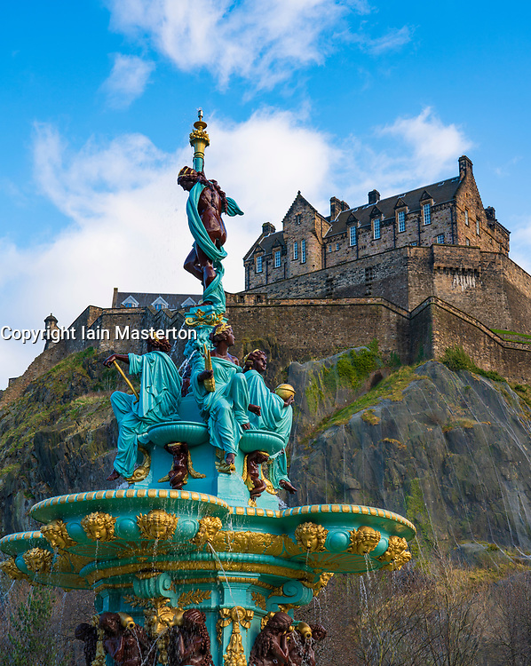Ross Fountain in original colours after 2018 renovation with Edinburgh Castle to rear in Princes Street Gardens, Edinburgh, Scotland ,UK