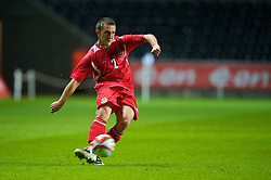 SWANSEA, ENGLAND - Friday, September 4, 2009: Wales' Neal Eardley in action against Italy during the UEFA Under 21 Championship Qualifying Group 3 match at the Liberty Stadium. (Photo by David Rawcliffe/Propaganda)