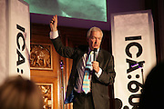 Jon Snow,  ICA 60: PECHA KUCHA. Fundraiser for the Institute of Contemporary Arts. Florence Hall, RIBA, 66 Portland Place, London. 17 May 2007. -DO NOT ARCHIVE-© Copyright Photograph by Dafydd Jones. 248 Clapham Rd. London SW9 0PZ. Tel 0207 820 0771. www.dafjones.com.