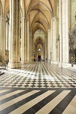 Frankrijk, Amiens, 13-5-2013Interieur van de gothische kathedraal uit de 13e eeuw.Foto: Flip Franssen/Hollandse Hoogte