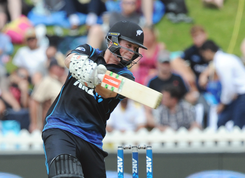 New Zealand's Henry Nichols batting against Pakistan in the 1st ODI International Cricket match at Basin Reserve, Wellington, New Zealand, Monday, January 25, 2016. Credit:SNPA / Ross Setford
