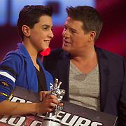 NLD/Hilversum/20140221 - Finale The Voice Kids 2014, Winnaar Ayoub Haach met Martijn Krabbe