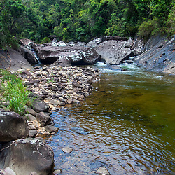 """""""Cachoeira (paisagem) fotografado no Caparaó, Espírito Santo -  Sudeste do Brasil. Bioma Mata Atlântica. Registro feito em 2018.<br /> ⠀<br /> ENGLISH: Waterfall photographed in Caparaó, Espírito Santo - Southeast of Brazil. Atlantic Forest Biome. Picture made in 2018."""""""