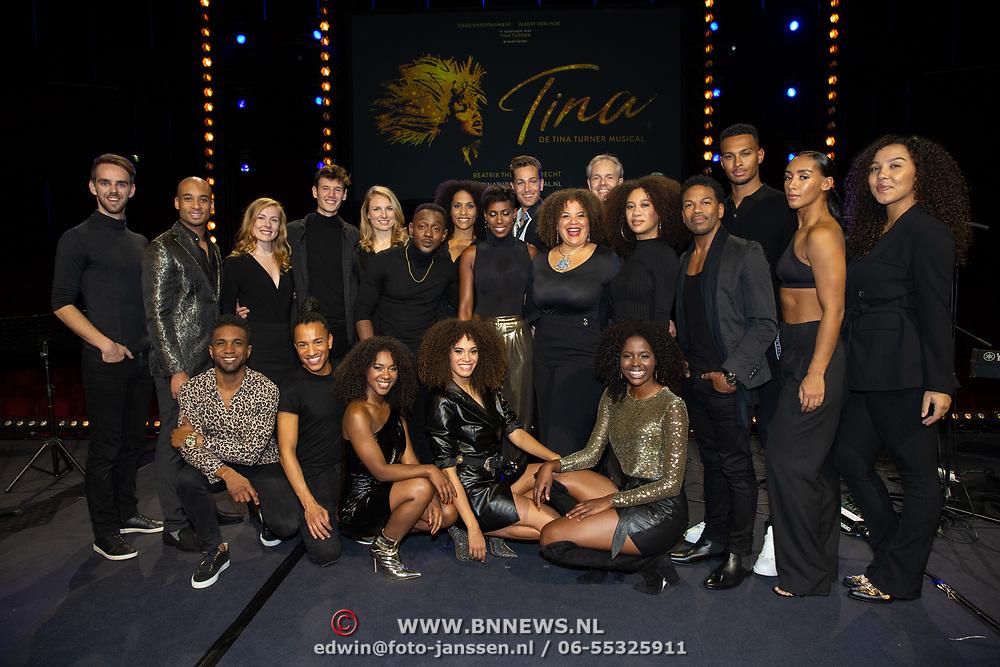 NLD/Utrecht/20191021 - Castpresentatie Tina Turner Musical, Groepsfoto van de cast