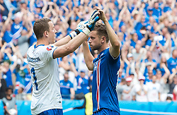 22.06.2016, Stade de France, St. Denis, FRA, UEFA Euro 2016, Island vs Oesterreich, Gruppe F, im Bild Hannes Halldorsson (ISL), Kari Arnason (ISL) // Hannes Halldorsson (ISL) Kari Arnason (ISL) during Group F match between Iceland and Austria of the UEFA EURO 2016 France at the Stade de France in St. Denis, France on 2016/06/22. EXPA Pictures © 2016, PhotoCredit: EXPA/ JFK
