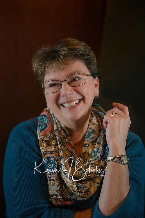 Headshot session with Lynn D.  ©2016 Karen Bobotas Photographer