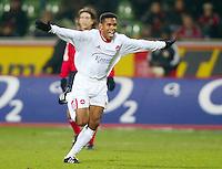 Fussball / 1. Bundesliga Saison 2002/2003   17. Spieltag Bayer 04 Leverkusen - 1. FC Nuernberg 0:2   Jubel: Der 0:2 Torschuetze Junior bejubelt seinen Treffer