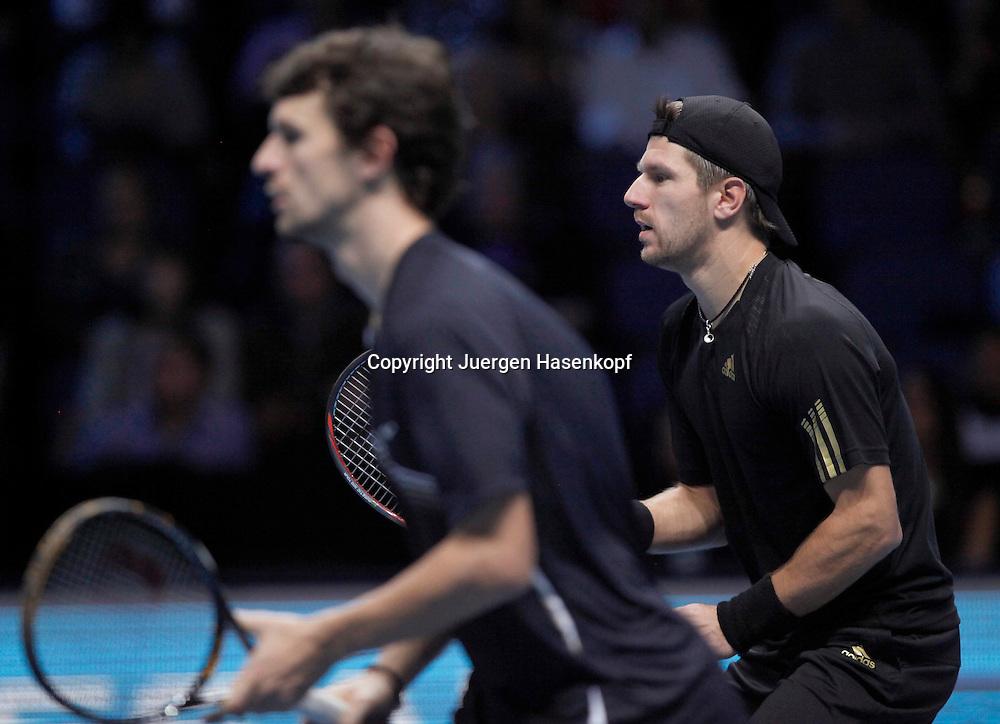 ATP World Tour Finals  2010 in der O2 Arena in London, HerrenTennis Turnier, WM, Weltmeisterschaft, Doppel, Philipp Petzschner (GER) und mit Kappe Partner  Juergen Melzer (AUT),